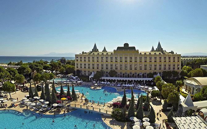 Kremlin Palace Hotel – Hava Çekimi