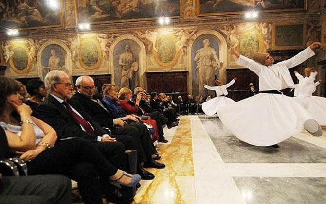 Uluslararası Mevlana Vakfı 3.Kez Vatikan Sarayın'da