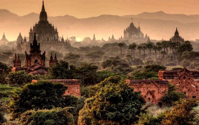 Saklı ülke Myanmar'da tatil