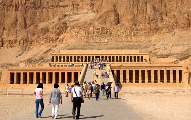 Kadın firavun Hatşepsut'un tapınağını gezdiniz mi ?