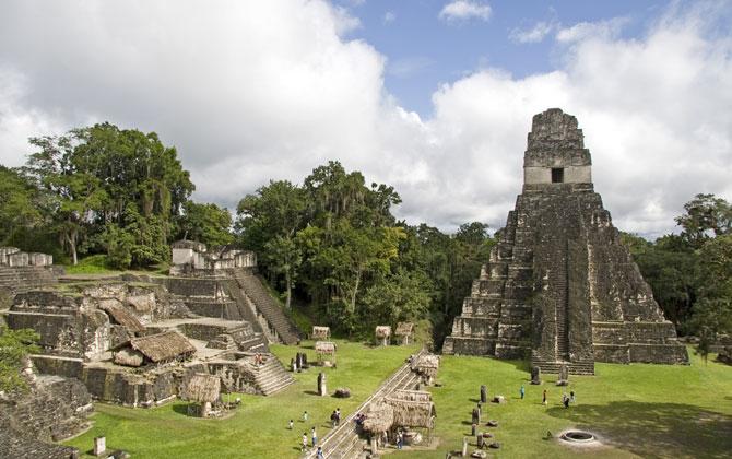 Tikal Milli Parkında tarihi tatil!
