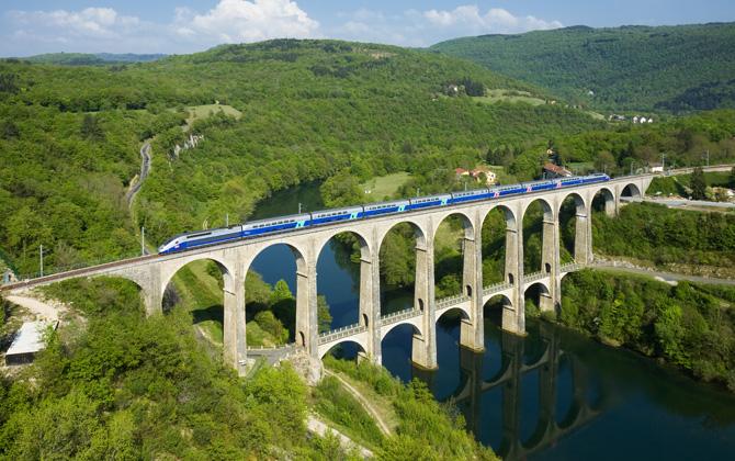 Dünya üzerindeki en hızlı 5 tren!