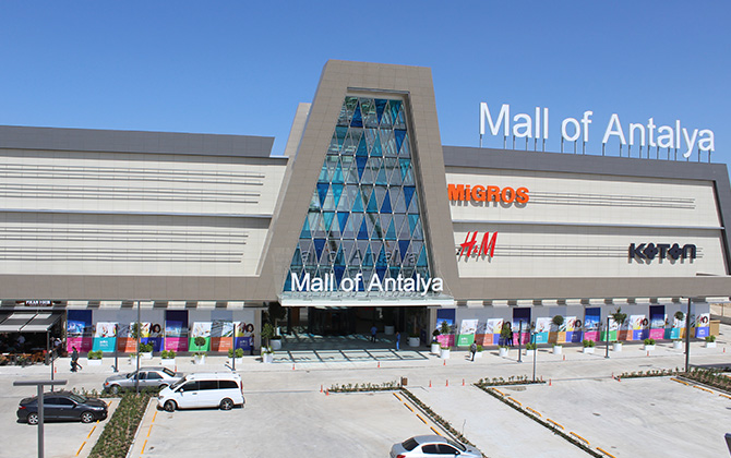 Akdeniz'in en büyük alışveriş ve eğlence kompleksi olan Mall of Antalya açıldı!