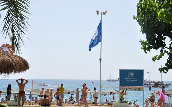 Antalya'nın bu sezonki mavi bayraklı plajları diğer illere fark attı!